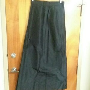 Vintage 1950 or 60s Black Silk Taffeta Skirt